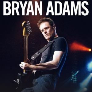 Bryan Adams optræder med band på havnefronten i Helsingør Helsingør